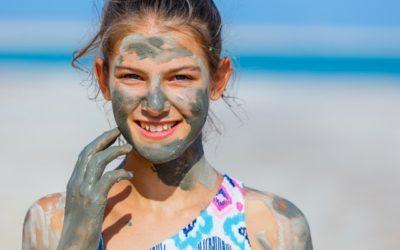 ניקוי העור עם בוץ ים המלח